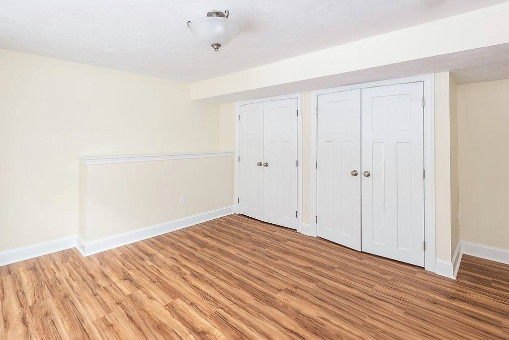 Brigham Hill Estates - Room-Double-Closets